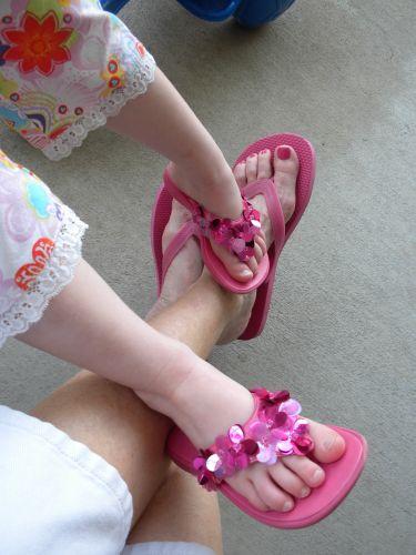 Feet9